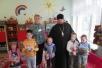 Клирики Туровской епархии поздравили с Рождеством детей и сотрудников центра