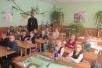 Священник провел беседу с учащимися вторых классов СШ №9