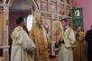 Владыка Леонид возглавил Литургию в храме великомученика Георгия Победоносца
