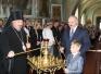 Лукашенко зажег свечу в храме Святителя Николая Чудотворца в Петрикове